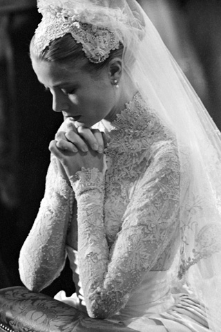 royal wedding dress up. royal wedding dress up book.